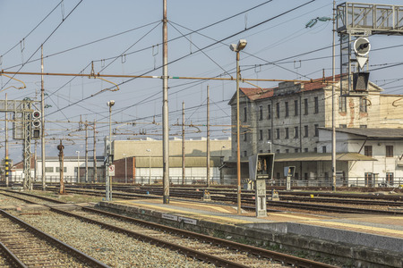 masts: Schienenverkehr - Rail - tracks, switches and signal masts on an Italian train station