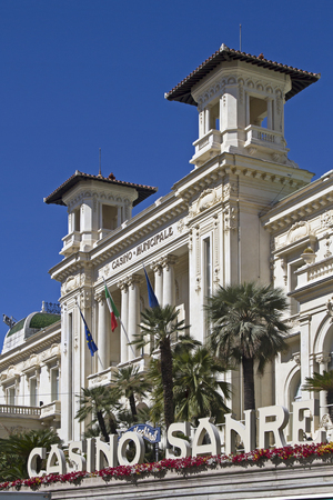 pomp: even today much visited - Casino Municipale in San Remo
