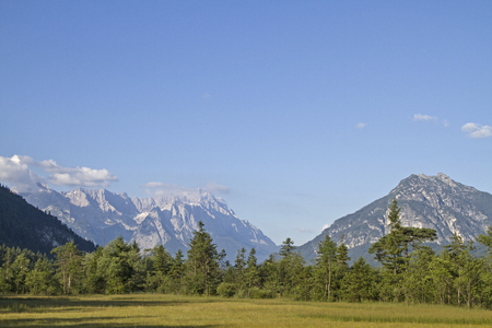 moor: The Moor in Loisach Valley with the backdrop of the Wetterstein mountains Stock Photo