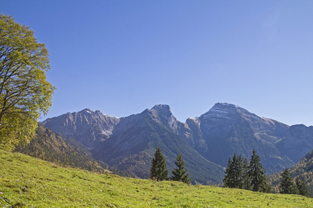 repulsive: Sonnjoch Group - idyllic and lonely mountain peak in the Karwendel Stock Photo