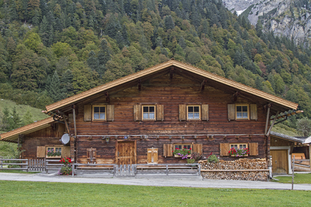 Hut idyll in Eng in Tirol Editorial