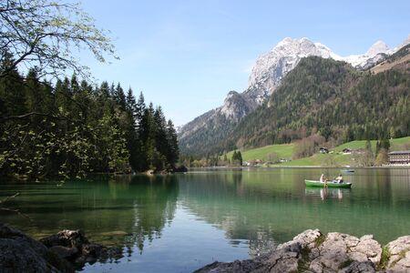 Hintersee - kleiner Bergsee im Berchtesgadner Land