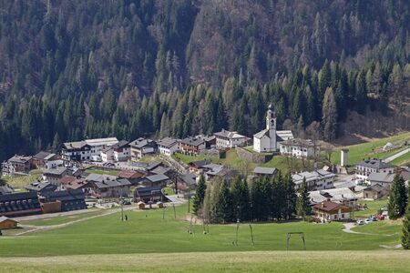 Sauris to German Zahre is a village in the Carinthian Alps, where is spoken German today Reklamní fotografie
