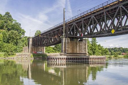 backwater: Railway bridge across the Danube - west of Regensburg