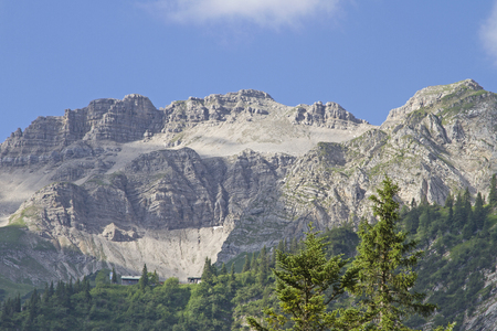 Die Gipfel der Soier Standard-Bild - 82651986