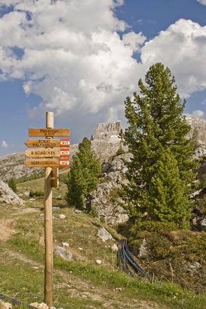 The well signposted hiking trail network in the Dolomites enriches the holidays of many mountaineers and hikers Editorial