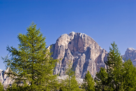 Tofana di Rozes - colossal mountain form in the Dolomites west of Cortina Stok Fotoğraf