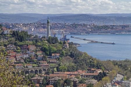 Faro della Vittoria - lighthouse and landmark in the Trieste district of Gretta 스톡 콘텐츠