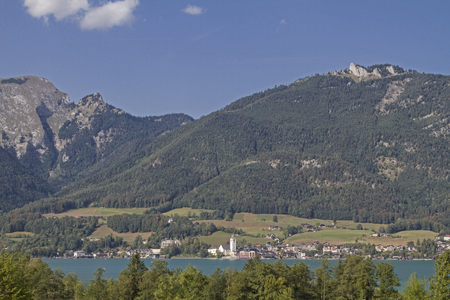 Famous for the operetta The White Rossl am Wolfgangsee, St. Wolfgang has become a holiday destination for innumerable people from all over the world
