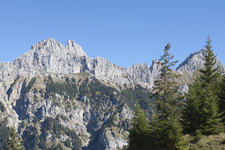 View from the Krinnenalm on the mighty Tannheimer mountains with Bullfinch, Red Flueh and Koellesspitze