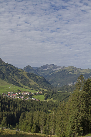 On the driveway from Berwang to the Alpkopf, you can take this scenic view of the idyllic village and the Namloser valley