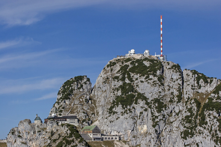 On the Wendelstein summit the mountain idyll suffers under the all-dominant infrastructure buildings. Stock fotó