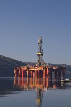 Oil rig in Lyngdalsfjord - Norway has the largest oil reserves in Europe Banco de Imagens
