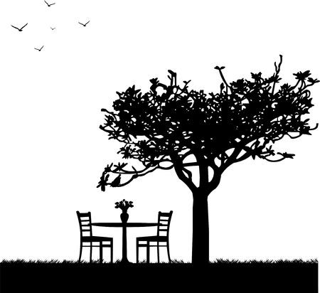 silla de madera: Parque de la primavera con una mesa para dos y tulipanes en un florero con una silueta de �rbol