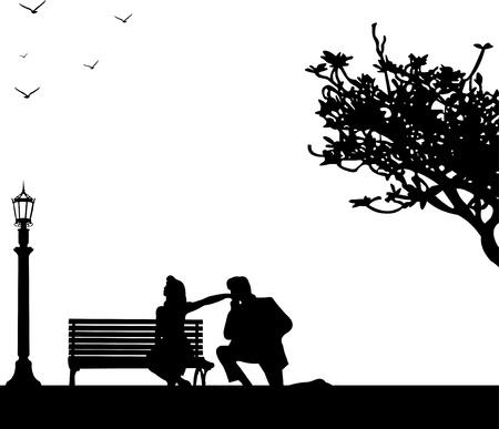 탁상: 몇 사람이 공원에서 여자, 그는 무릎을 꿇고 그녀의 손 실루엣 계층 키스