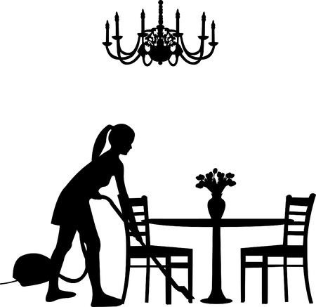 Jolie fille en utilisant un aspirateur dans la chambre avec table, chaise et un lustre silhouette couches