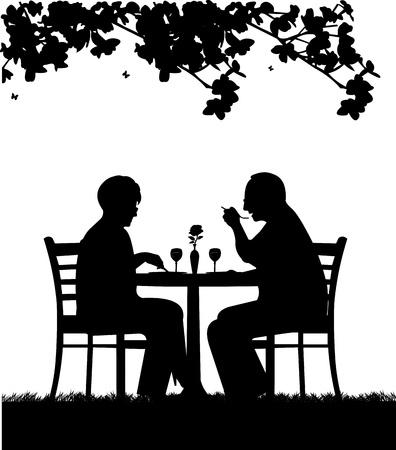 Mooi gepensioneerd bejaarde echtpaar met een romantisch diner silhouet, een in de reeks van soortgelijke foto's