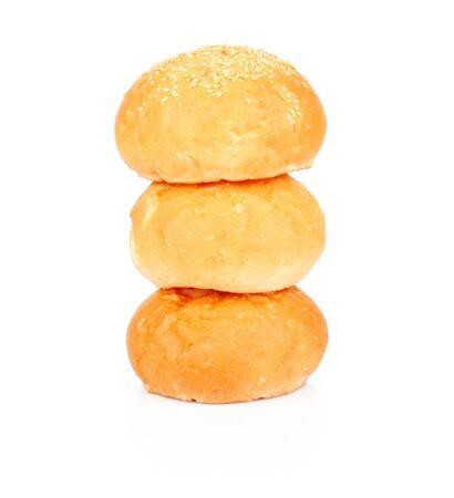 aliments: Boulangerie de bons petits pains isol� sur fond blanc, des denr�es alimentaires