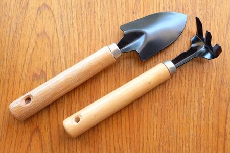 spade: spade on wooden table