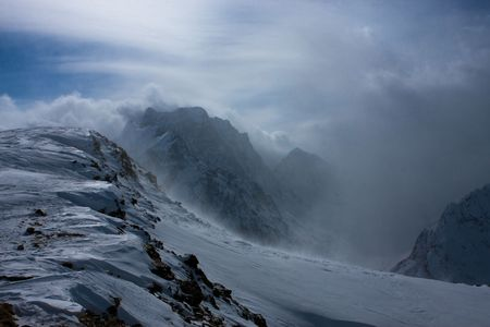 dombai: Dombai. Clouds are born here