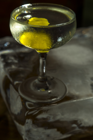 sidecar: cosmopolitan cocktail