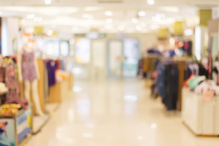 Blurred background : Store of shopping mall blur background with bokeh. vintage filtered image. Foto de archivo