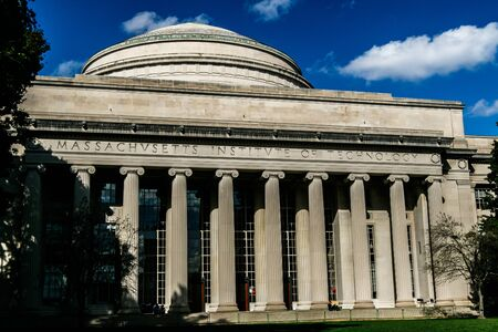 Great Dome of the Massachusetts Institute of Technology (MIT). Imagens - 133574799