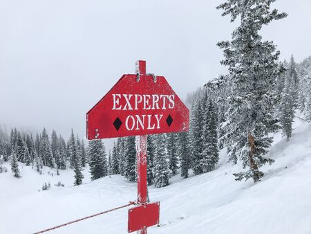 Only expert skiers should proceed.
