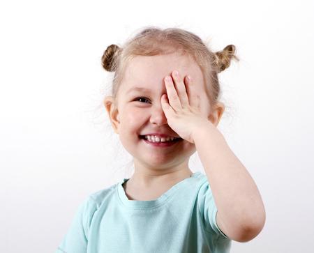 Kid Testing Vision Foto de archivo