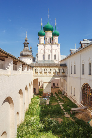 View of the Church of St. John the Theologian from the fortress wall in the Rostov Kremlin Редакционное