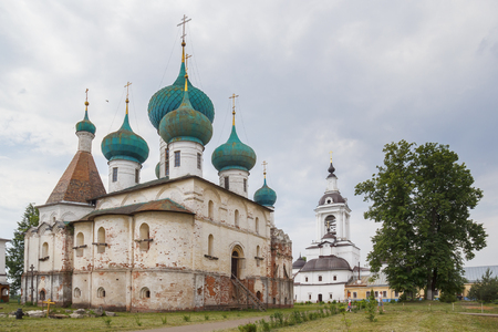 Cathedral of the Epiphany at the Abraham Epiphany Monastery in Rostov Veliky, Yaroslavl Region Редакционное