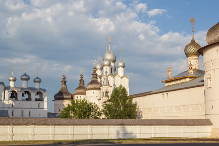 View of the Rostov Kremlin from the street, Yaroslavl Region Фото со стока - 77936597
