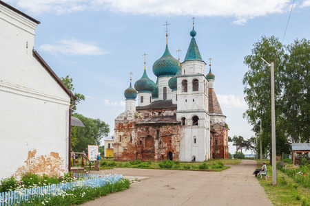 View of the Cathedral of the Epiphany of the Lord in the Abraham Epiphany Monastery in Rostov the Great Фото со стока