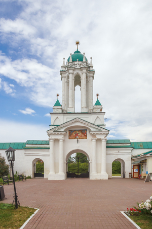 The northern gate of the Spaso-Yakovlevsky Dimitriy monastery in Rostov the Great Фото со стока
