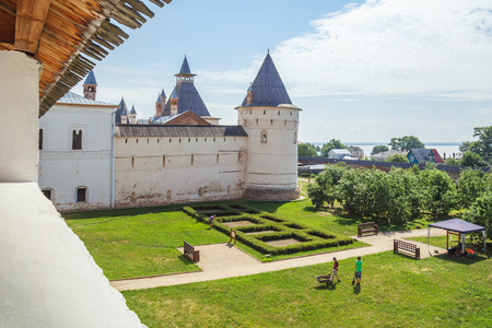 View of the garden tower in the Kremlin of Rostov the Great Фото со стока