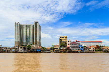 when: Picture of the houses along the Chao Phraya River when flood tide.