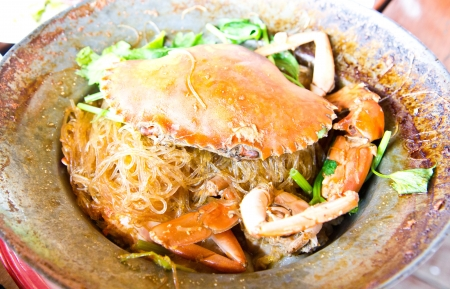 Stream big crab with vermicelli and herb photo