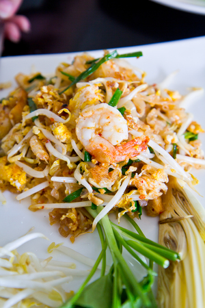 padthai: Thai noodle style (Padthai)