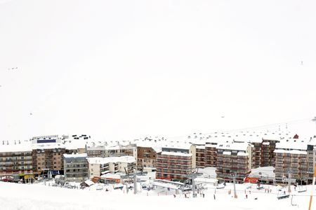 andorra: Landscapes and people skiing in the snow in Andorra