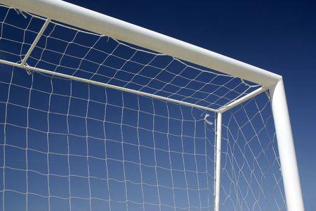 Ziel des Fußball-Himmel mit Hintergrund Standard-Bild - 1797478