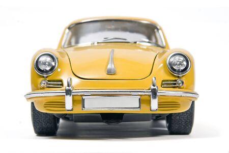 coche antiguo: Amarillo coche deportivo cl�sico juguete