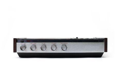 Retro audio Kassettenrekorder Kassettenrecorder isoliert auf weiß. Standard-Bild - 6913111