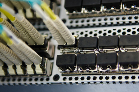 Fiber connect to SAN switch photo