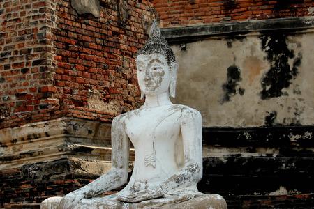 Old Buddha Statue.