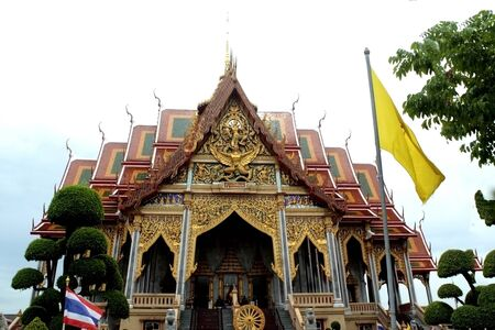 The architectural design temple of Thailand is beautiful.