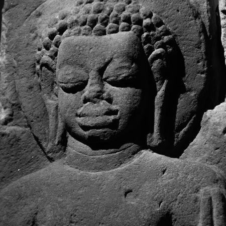 budha: a black and white image of buddha
