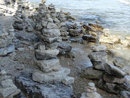 rock statues photo