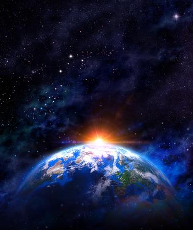 Denkbeeldige weergave van de planeet aarde in de ruimte met de opkomende zon. Stockfoto