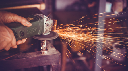 salvaging: overwrites the master of welding seams angle grinder