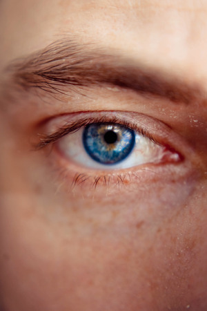 blauw man Eye
